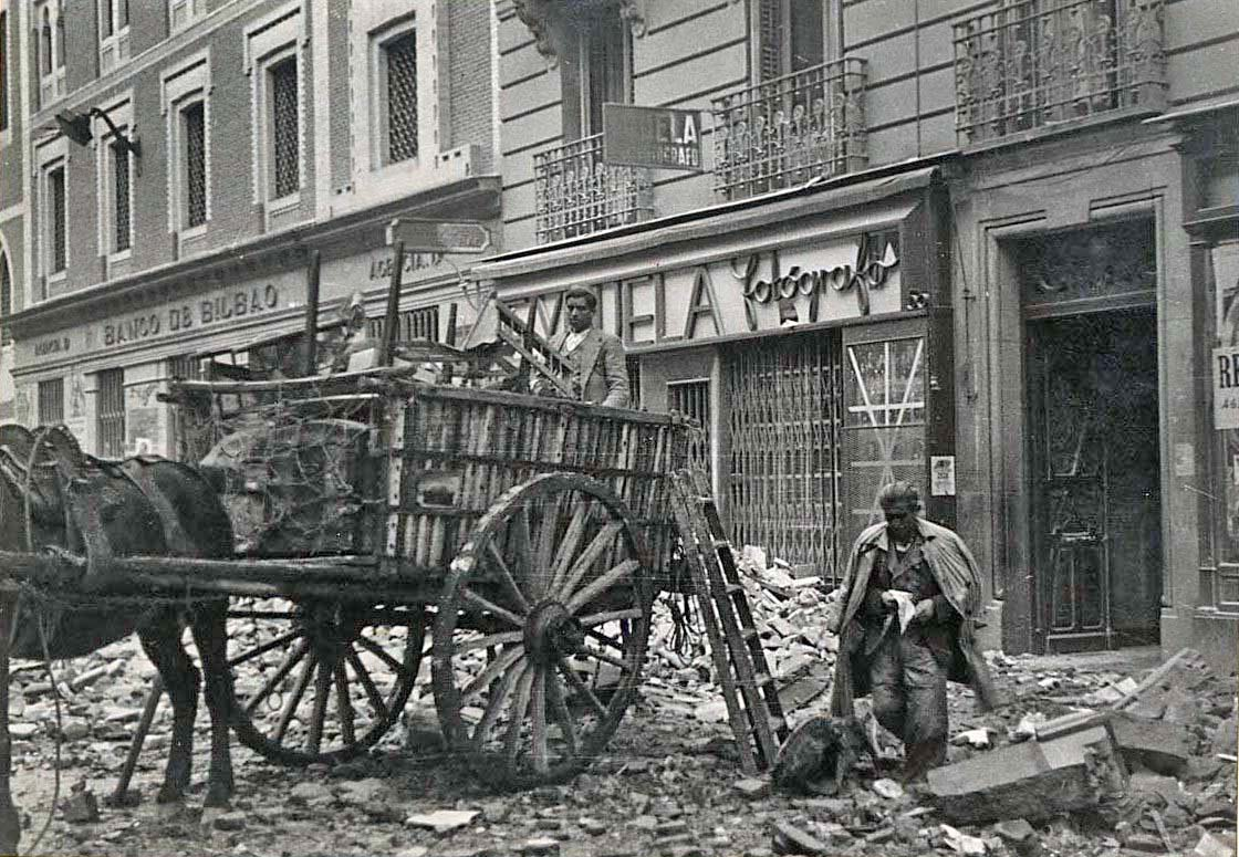 Fotos guerra civil portal fuenterrebollo - Fabrica de puertas en madrid ...
