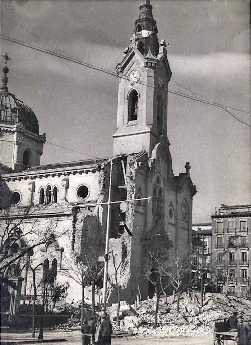 Fotos guerra civil portal fuenterrebollo for Calle prado de la iglesia guadarrama
