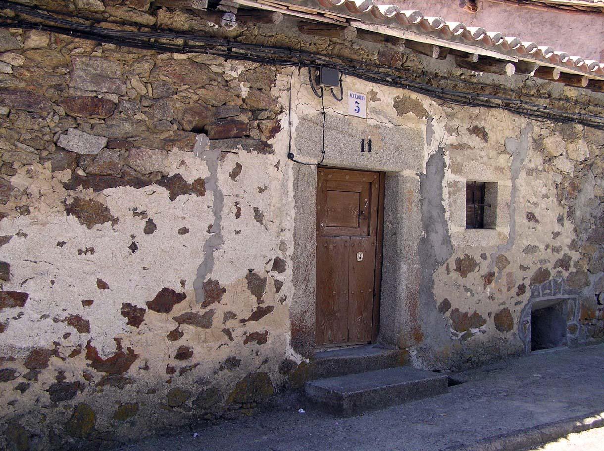 Herguijuela sierra de gredos portal fuenterrebollo - Casa de labranza ...
