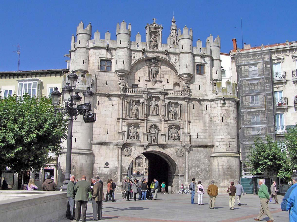 Burgos, Casco Histórico - Portal Fuenterrebollo