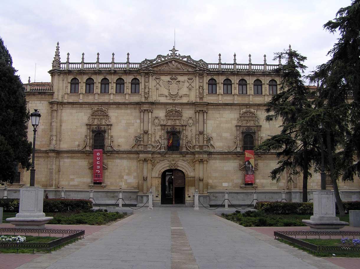 Universidad alcal de henares portal fuenterrebollo for Cementerio jardin alcala de henares