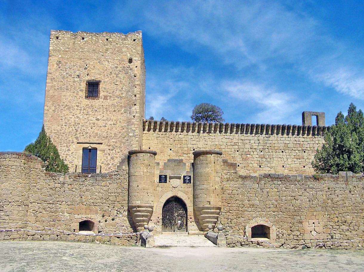 Villa de pedraza portal fuenterrebollo - La olma de pedraza ...