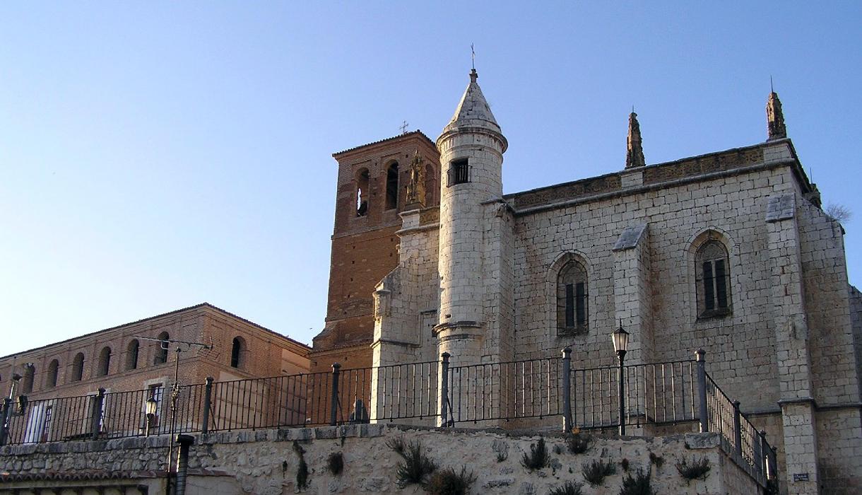 Baños Arabes Tordesillas:Castillo De Tordesillas