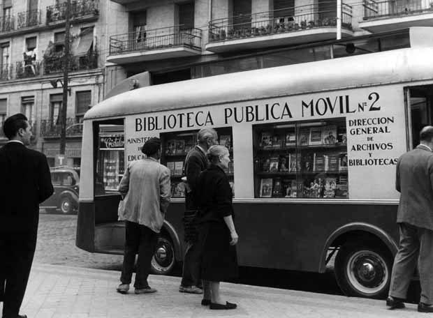 Fotos antiguas madrid portal fuenterrebollo for Direccion madrid espana